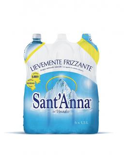 Acqua lievemente frizzante